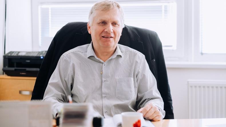 Jak vidí energetickou budoucnost zakladatel TEDOMu Josef Jeleček?