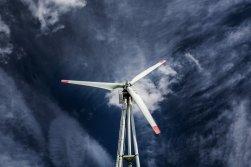 Evropská komise navrhuje zvýšit cíle ve snižování emisí  skleníkových plynů na 55 % do roku 2030
