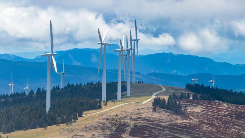 Rakouská vláda má jasný plán, jak do 10 let vyrábět svoji elektřinu pouze z obnovitelných zdrojů. Česko dál v podpoře zelené energie tápe