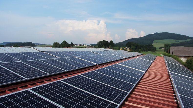 Solární energetika získala nový impuls pro svůj rozvoj v Česku: poslanci souhlasili se zařazením do aukční podpory